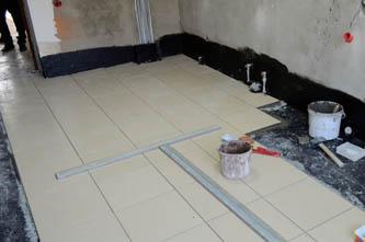 Гидроизоляция пола в ванной комнате жидкой резиной Эластопаз