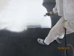 Нанесение защитно-декоративного слоя из полиуретановой мастики поверх бесшовной гидроизоляции из жидкой резины