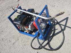 Компактный гудронатор Технопрок Д-01 сделает до 3000 м2 за день